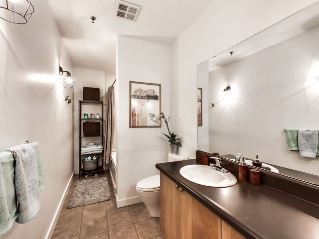 Photo 9: 21 Nassau St Unit #104 in Toronto: Kensington-Chinatown Condo for sale (Toronto C01)  : MLS(r) # C3503834