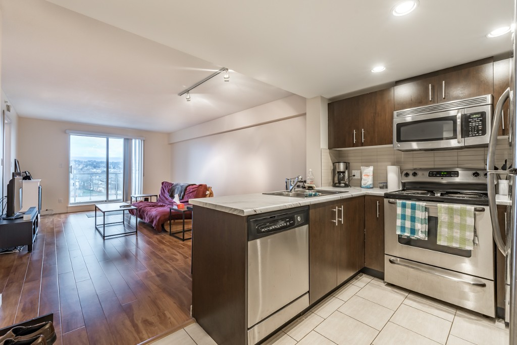 Photo 17: 402 200 KEARY STREET in New Westminster: Sapperton Condo for sale : MLS® # R2145784