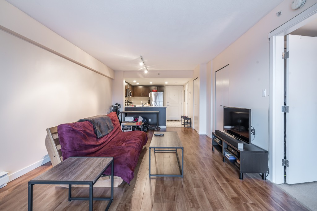 Photo 7: 402 200 KEARY STREET in New Westminster: Sapperton Condo for sale : MLS® # R2145784