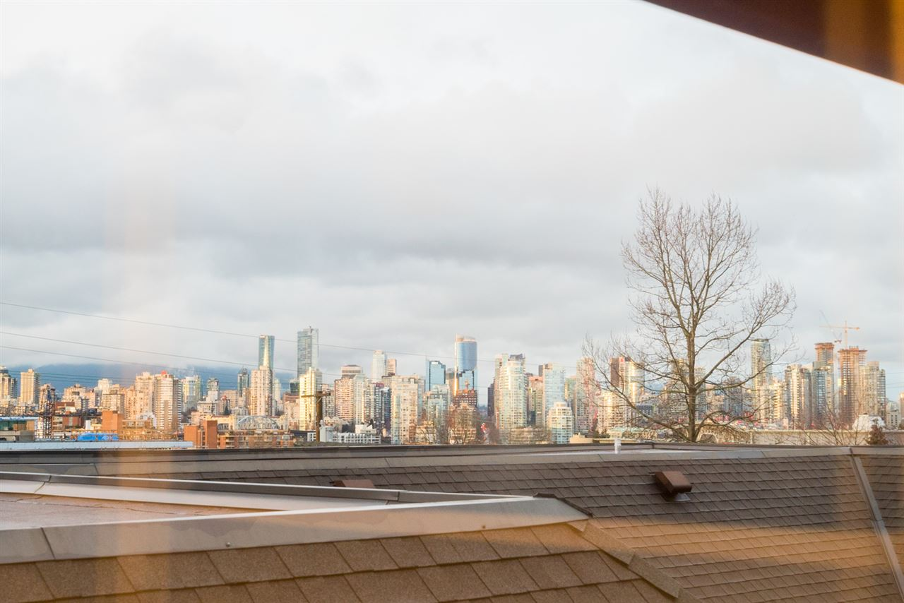 Photo 11: 307 1876 W 6TH AVENUE in Vancouver: Kitsilano Condo for sale (Vancouver West)  : MLS(r) # R2143706