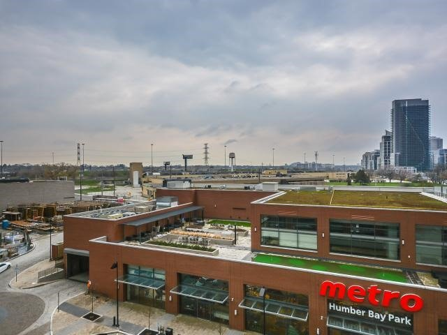 Photo 15: 2220 Lake Shore  Blvd W Unit #709 in Toronto: Mimico Condo for sale (Toronto W06)  : MLS® # W3768896