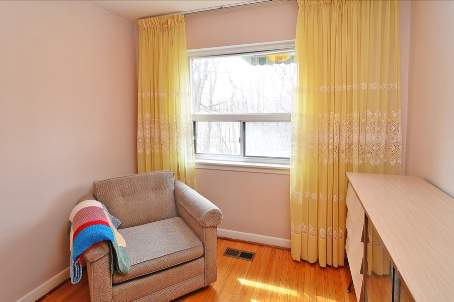 Photo 8: 18 Carscadden Drive in Toronto: Westminster-Branson House (Backsplit 3) for sale (Toronto C07)  : MLS(r) # C2598786