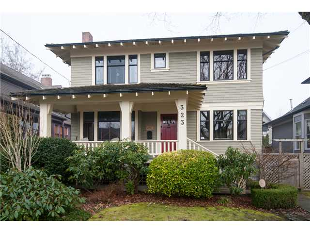 "Main Photo: 323 4TH ST in New Westminster: Queens Park House for sale in ""QUEENS PARK"" : MLS(r) # V1001723"