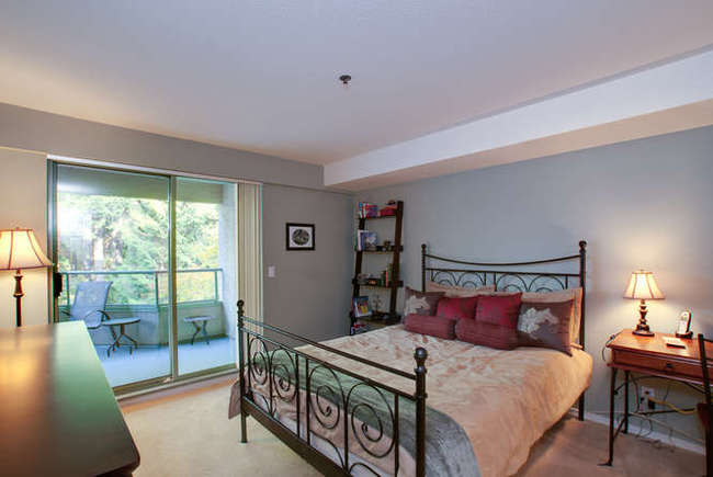 Photo 7: 405 6737 STATION HILL Court in Burnaby South: South Slope Home for sale ()  : MLS(r) # V918296
