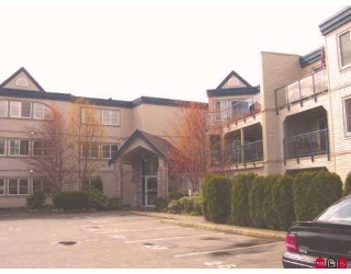 "Main Photo: 203 45504 MCINTOSH DR in Chilliwack: Chilliwack  W Young-Well Condo for sale in ""VISTA VIEW"" : MLS® # H2601641"