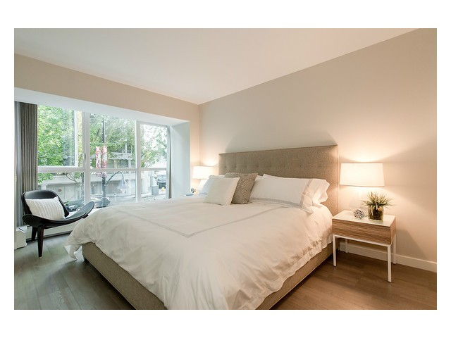 Photo 10: # 202 1388 HOMER ST in Vancouver: Yaletown Condo for sale (Vancouver West)  : MLS® # V1089754