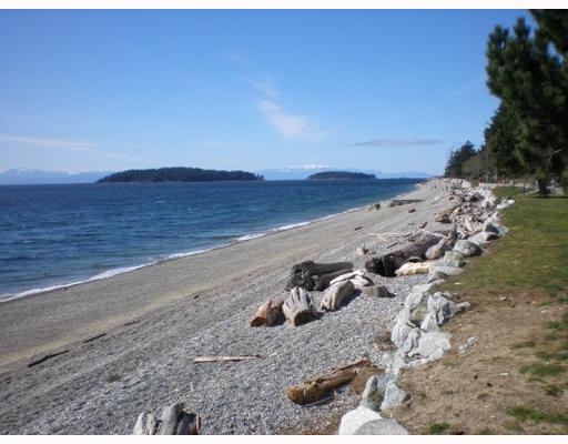 Photo 2: 301 5477 WHARF Road in Sechelt: Sechelt District Condo for sale (Sunshine Coast)  : MLS(r) # V611900