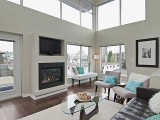 Main Photo: # PH2 1288 CHESTERFIELD AV in North Vancouver: Central Lonsdale Condo for sale : MLS(r) # V1123799