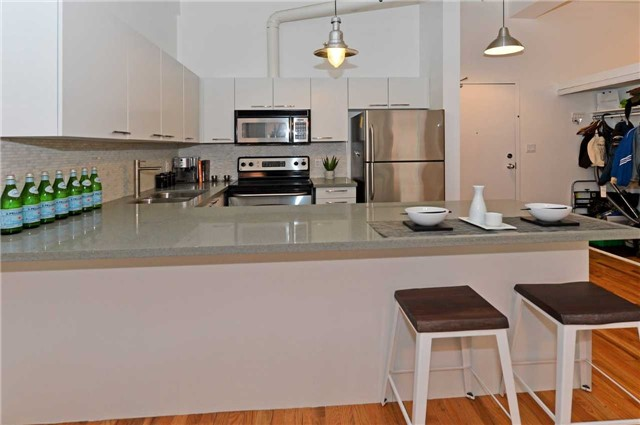 Photo 6: 80 Sherbourne St Unit #303 in Toronto: Moss Park Condo for sale (Toronto C08)  : MLS(r) # C3377594