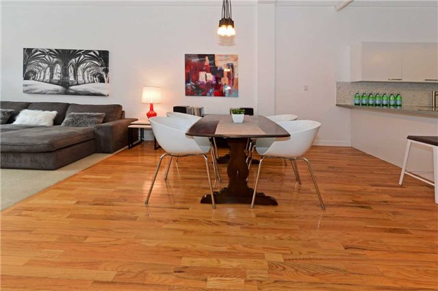Photo 9: 80 Sherbourne St Unit #303 in Toronto: Moss Park Condo for sale (Toronto C08)  : MLS(r) # C3377594