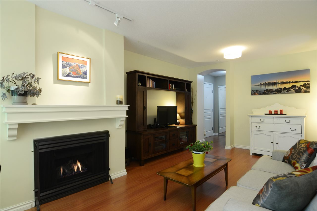Photo 3: 208 3033 TERRAVISTA PLACE in Port Moody: Port Moody Centre Condo for sale : MLS(r) # R2075318
