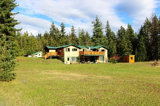 Main Photo: 4523 Eagle Bay Road in Eagle Bay: House with Acreage for sale : MLS®# 10128322