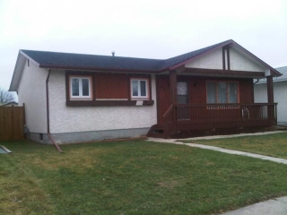 Main Photo: 55 Hawkins Crescent in WINNIPEG: St Vital Residential for sale (South East Winnipeg)  : MLS(r) # 1205548