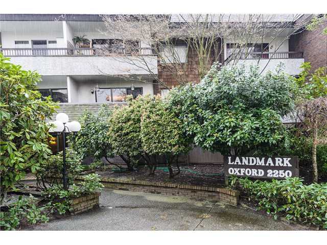 Main Photo: 204 2250 OXFORD Street in Vancouver: Hastings Condo for sale (Vancouver East)  : MLS® # V942417