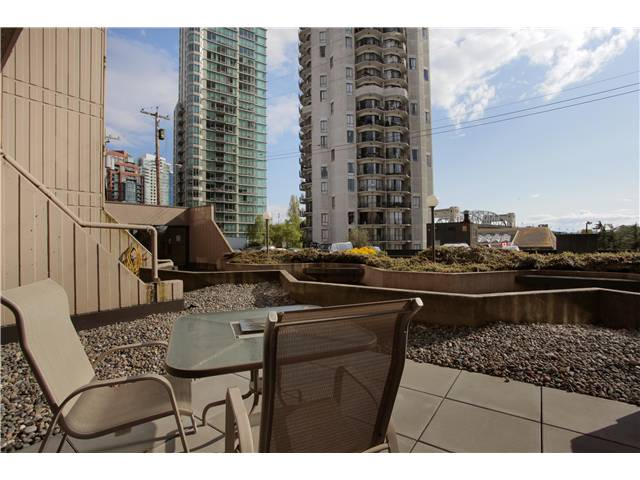 Photo 6: 105 1080 PACIFIC Street in Vancouver: West End VW Condo for sale (Vancouver West)  : MLS® # V949162