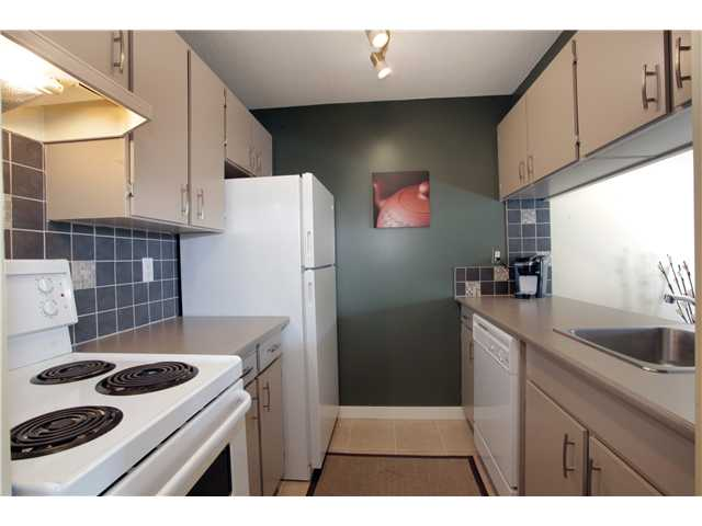 Photo 2: 105 1080 PACIFIC Street in Vancouver: West End VW Condo for sale (Vancouver West)  : MLS® # V949162