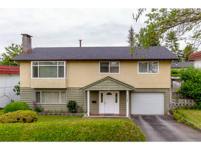 Main Photo: 5747 SPRUCE ST in Burnaby: Deer Lake Place House for sale (Burnaby South)  : MLS® # V1071455
