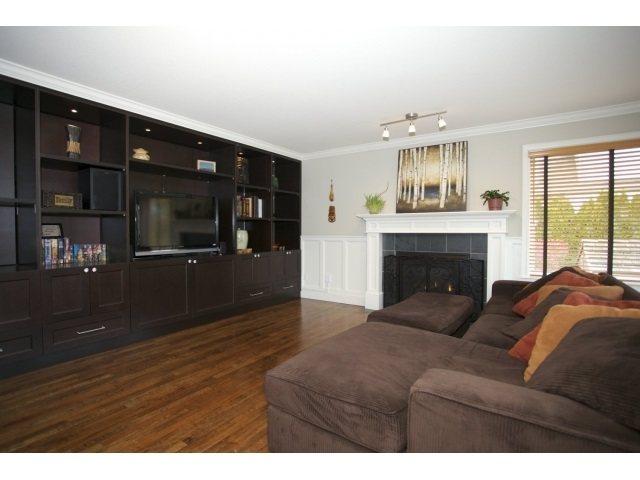 Photo 6: 20923 YEOMANS CRESCENT in Langley: Walnut Grove House for sale : MLS® # R2010155