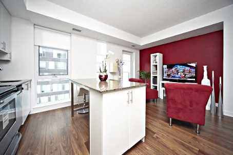 Photo 2: 260 Sackville St Unit #512 in Toronto: Regent Park Condo for sale (Toronto C08)  : MLS® # C2735584