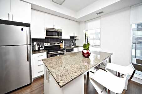 Photo 4: 260 Sackville St Unit #512 in Toronto: Regent Park Condo for sale (Toronto C08)  : MLS® # C2735584