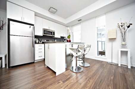 Photo 3: 260 Sackville St Unit #512 in Toronto: Regent Park Condo for sale (Toronto C08)  : MLS® # C2735584