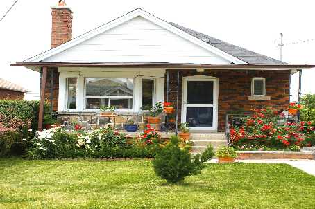 Main Photo: Residential Sold | 22 Little Blvd, Toronto, Ontario | $398,000 | Tony Fabiano