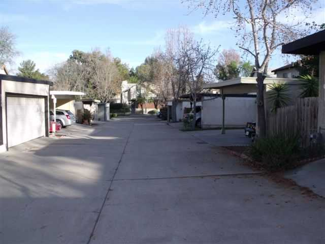 Photo 2: Home for sale : 3 bedrooms : 5186 Fino Drive in San Diego