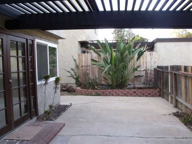 Photo 3: Home for sale : 3 bedrooms : 5186 Fino Drive in San Diego