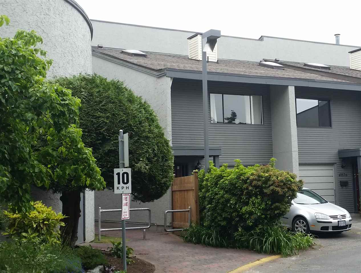 Photo 17: 4882 TURNBUCKLE WYND in Delta: Ladner Elementary Townhouse for sale (Ladner)  : MLS® # R2072644