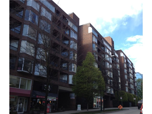 "Main Photo: 812 1333 HORNBY Street in Vancouver: Downtown VW Condo for sale in ""ANCHOR POINT 3"" (Vancouver West)  : MLS® # V1000796"