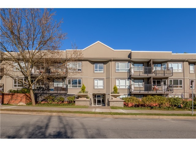 Main Photo: # 208 555 W 14TH AV in Vancouver: Fairview VW Condo for sale (Vancouver West)  : MLS® # V1119686