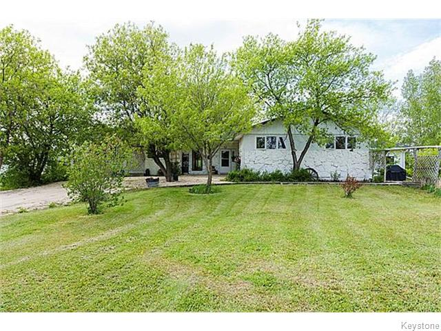 Main Photo: 704 Lockport Road in Lockport: Single Family Detached for sale : MLS® # 1529466