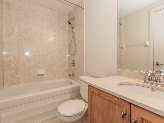 Photo 14: 438 King St W Unit #518 in Toronto: Waterfront Communities C1 Condo for sale (Toronto C01)  : MLS(r) # C3683313