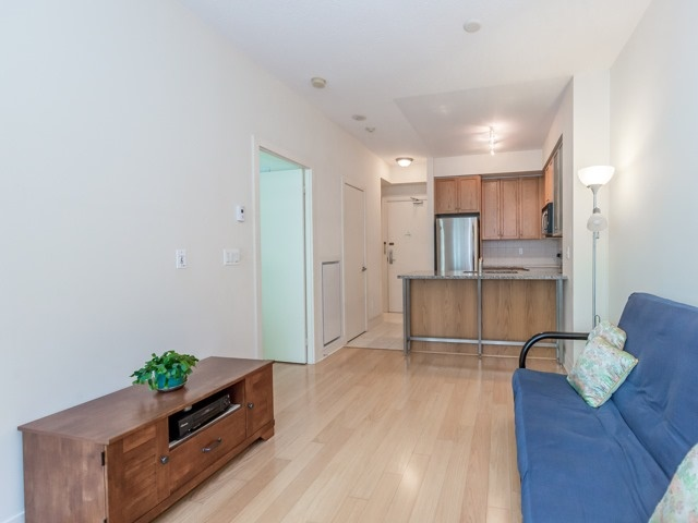 Photo 4: 438 King St W Unit #518 in Toronto: Waterfront Communities C1 Condo for sale (Toronto C01)  : MLS(r) # C3683313