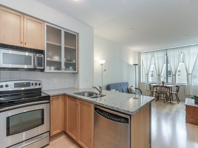 Photo 8: 438 King St W Unit #518 in Toronto: Waterfront Communities C1 Condo for sale (Toronto C01)  : MLS(r) # C3683313