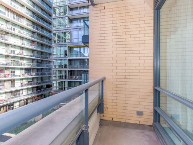 Photo 13: 438 King St W Unit #518 in Toronto: Waterfront Communities C1 Condo for sale (Toronto C01)  : MLS(r) # C3683313
