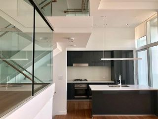 Main Photo: PH8 - 777 Richards St in Vancouver: Yaletown Condo for rent (Downtown Vancouver)