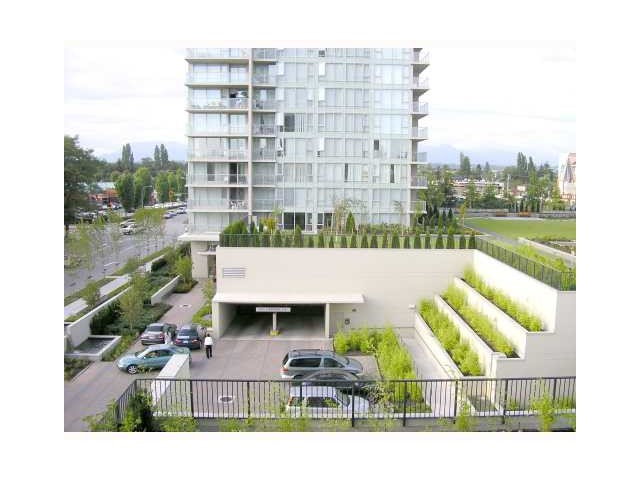 "Main Photo: 1207 5028 KWANTLEN Street in Richmond: Brighouse Condo for sale in ""SEASONS"" : MLS® # V972248"