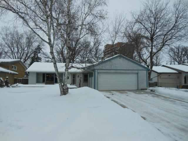 Main Photo: 2531 Assiniboine Crescent in WINNIPEG: St James Residential for sale (West Winnipeg)  : MLS(r) # 1300064
