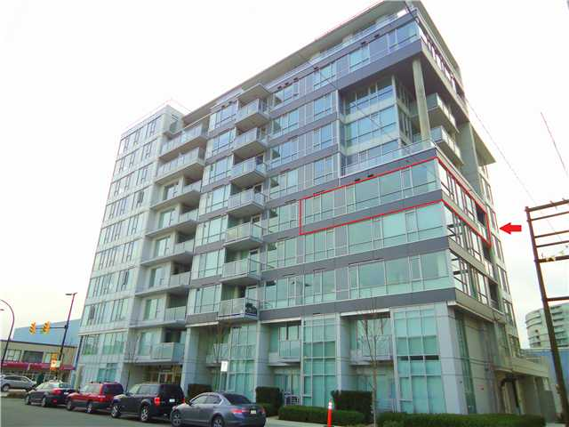 "Main Photo: 603 1887 CROWE Street in Vancouver: False Creek Condo for sale in ""PINNACLE FALSE CREEK ONE"" (Vancouver West)  : MLS® # V1019849"