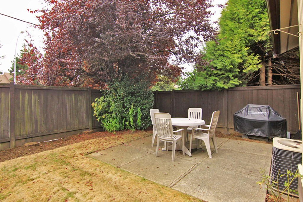 "Photo 32: 25 32925 GEORGE FERGUSON Way in Abbotsford: Central Abbotsford Townhouse for sale in ""Woodbrook Terrace"" : MLS® # F1320162"