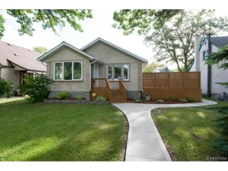 Main Photo: 343 Winchester Street in WINNIPEG: St James Residential for sale (West Winnipeg)  : MLS(r) # 1319621