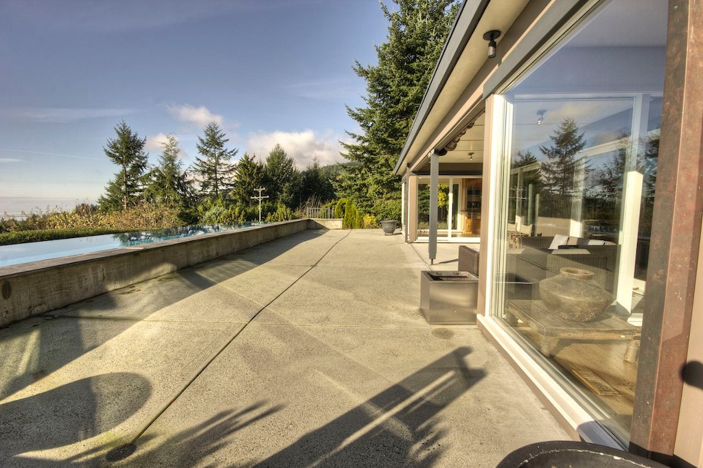 Photo 15: 1038 Eyremount Drive in West Vancouver: British Properties Home for sale : MLS® # V1019286