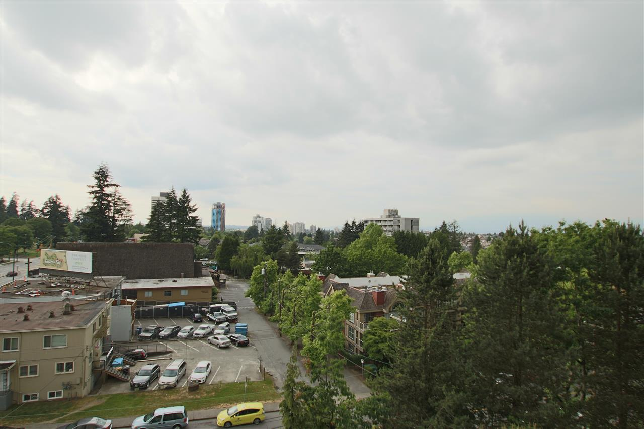 Photo 3: 706 5652 PATTERSON AVENUE in Burnaby: Central Park BS Condo for sale (Burnaby South)  : MLS(r) # R2072589