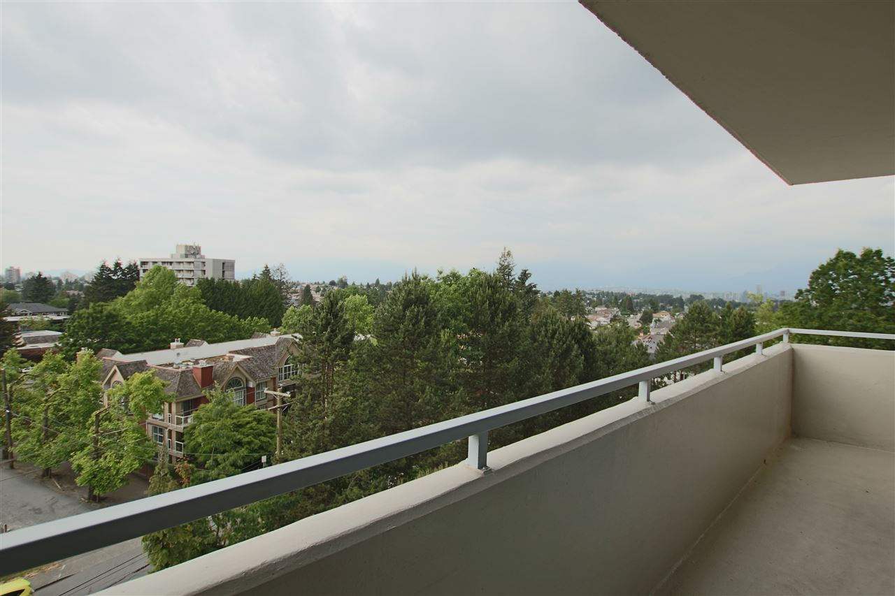 Photo 5: 706 5652 PATTERSON AVENUE in Burnaby: Central Park BS Condo for sale (Burnaby South)  : MLS(r) # R2072589