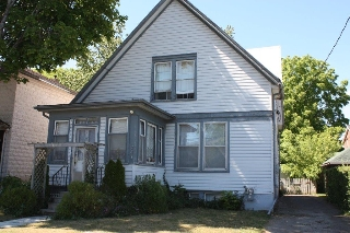 Main Photo: 164 Albert Street in Cobourg: Multifamily for sale : MLS(r) # 510920025A