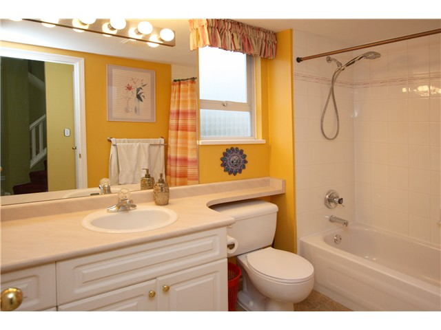 "Photo 9: # 2 7175 17TH AV in Burnaby: Edmonds BE Condo for sale in ""VILLAGE DEL MAR"" (Burnaby East)  : MLS® # V927753"