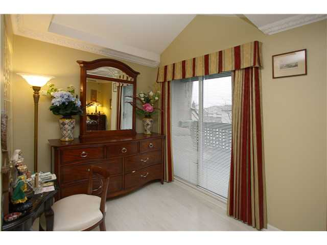 "Photo 5: # 2 7175 17TH AV in Burnaby: Edmonds BE Condo for sale in ""VILLAGE DEL MAR"" (Burnaby East)  : MLS® # V927753"