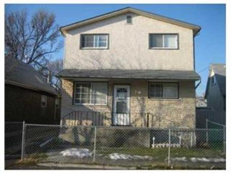 Main Photo: 718 MANITOBA Avenue in Winnipeg: Residential for sale (Canada)  : MLS® # 1120963
