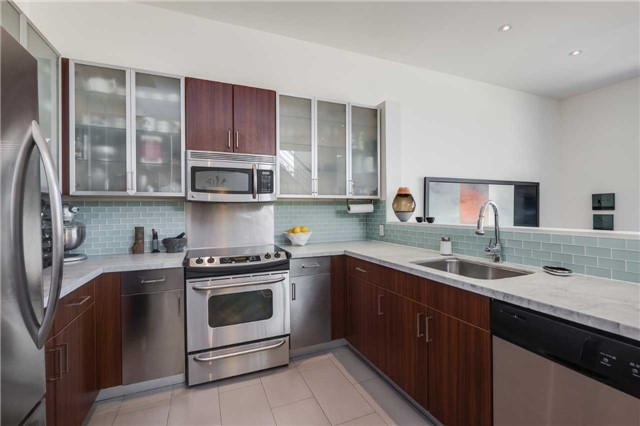 Photo 7: 306 Sackville St Unit #2 in Toronto: Cabbagetown-South St. James Town Condo for sale (Toronto C08)  : MLS(r) # C3626999